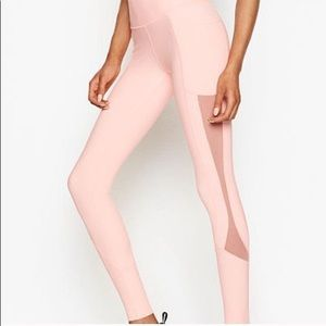 VS Total Knockout Tight